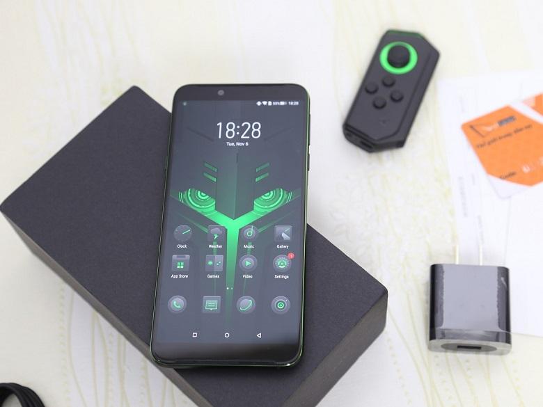 Xiaomi Black Shark Helo dùng tấm nền AMOLED