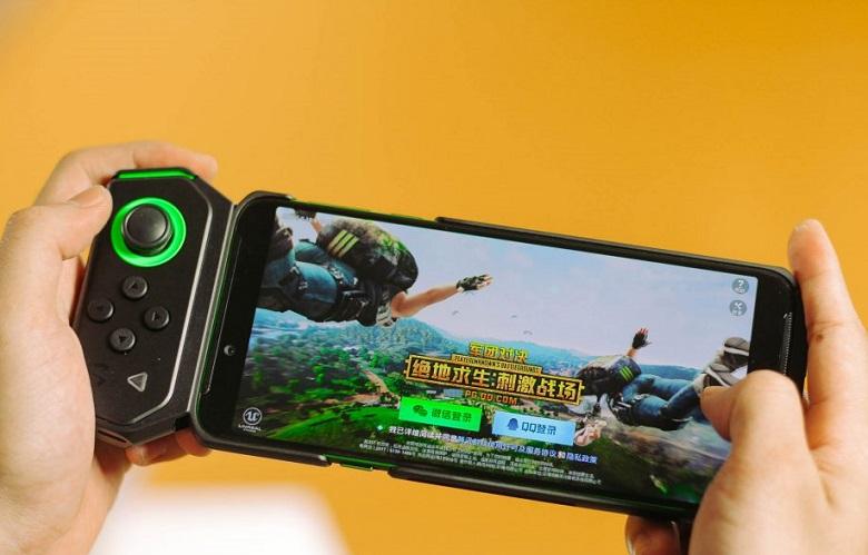 Xiaomi Black Shark Helo có màn hình 6.01 inch
