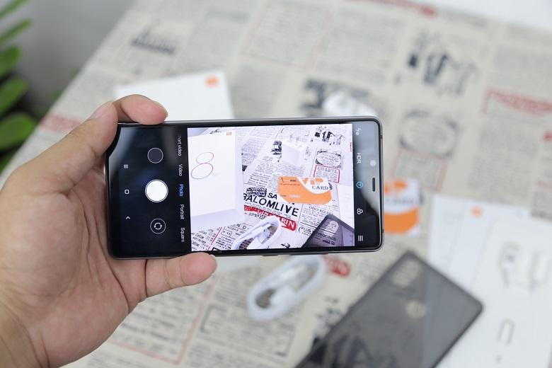 Canera Xiaomi Mi 8 SE được hỗ trợ AI