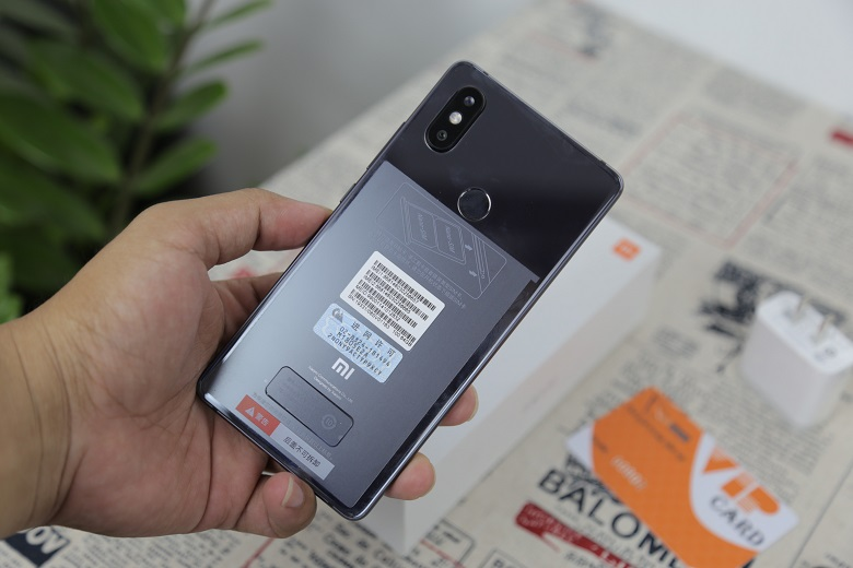 Xiaomi Mi 8 SE sở hữu Snapdragon 710