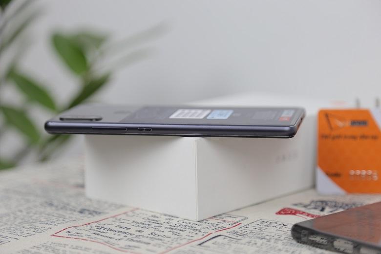 Xiaomi Mi 8 SE với nhiều màu sắc bắt mắt