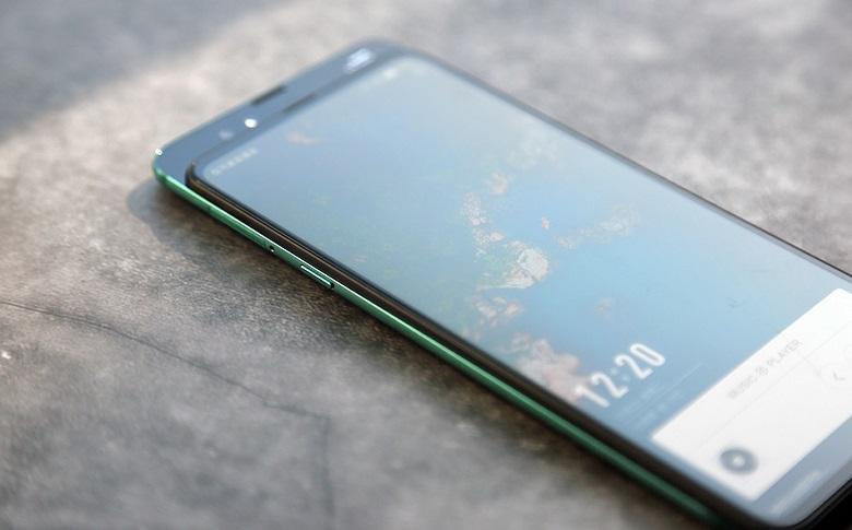 Xiaomi Mi Mix 3 có khả năng sạc nhanh hơn 30% so với các thiết bị trước đó