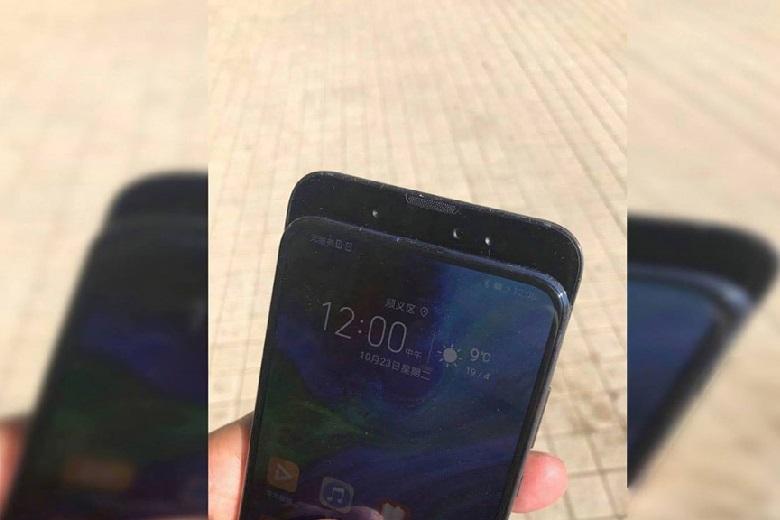 Xiaomi Mi Mix 3 bám bụi
