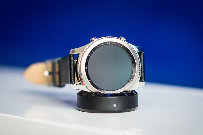 mặt trước Samsung Gear S3 Classic