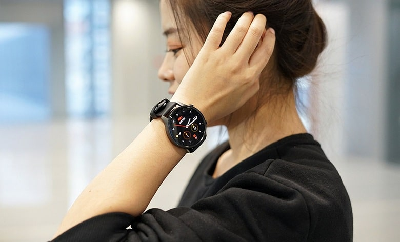 thiết kế Xiaomi Mi Watch Color