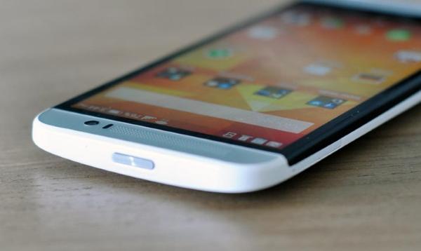 HTC One E8 cấu hình cực mạnh