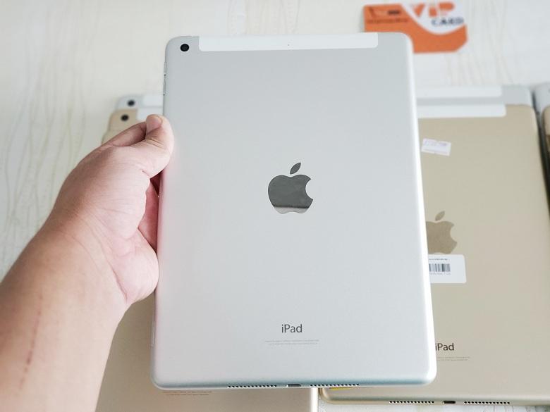 iPad 9.7 2017 32GB Gen 5 Wifi 4G màu trắng