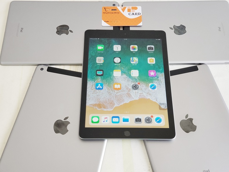 Số lượng iPad 9.7 inch (2018) 32GB Gen 6 (Wifi + 4G)
