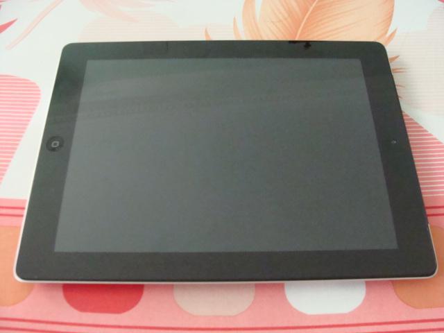 iPad 3 16GB 4G like new 1