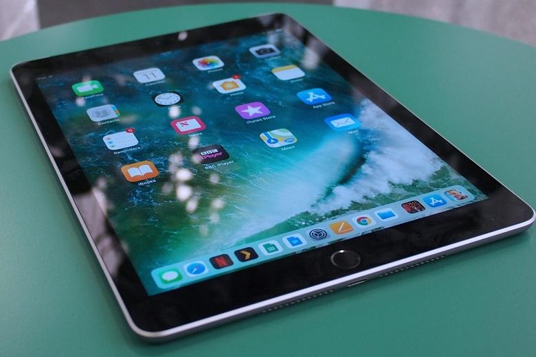 Thời gian hoạt động của iPad 9.7 2018 có thể lên đến 2 ngày