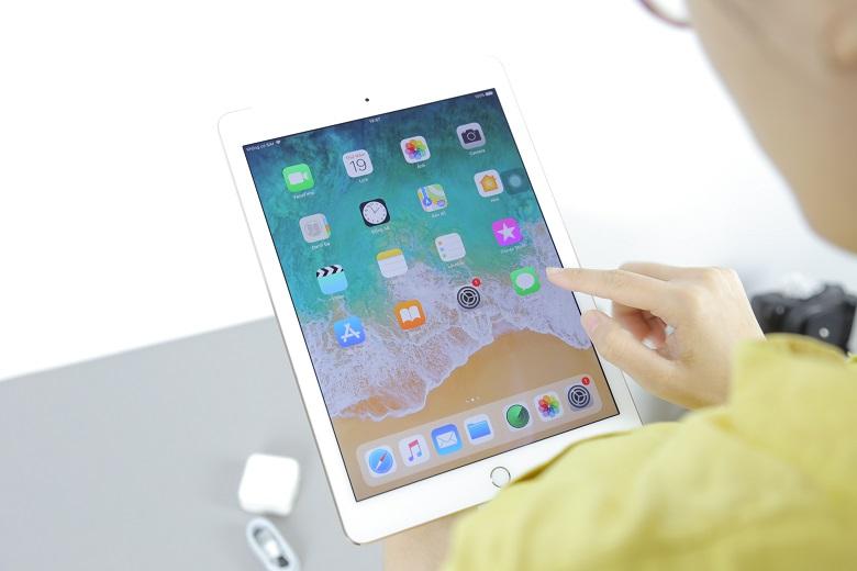 Kiểm tra màn hình iPad Air 2 cũ
