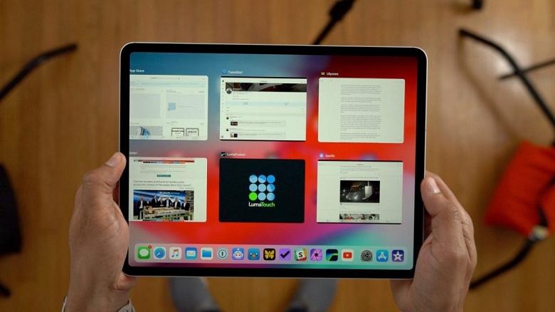 iPad Pro 12.9 (2018) chạy đa nhiệm