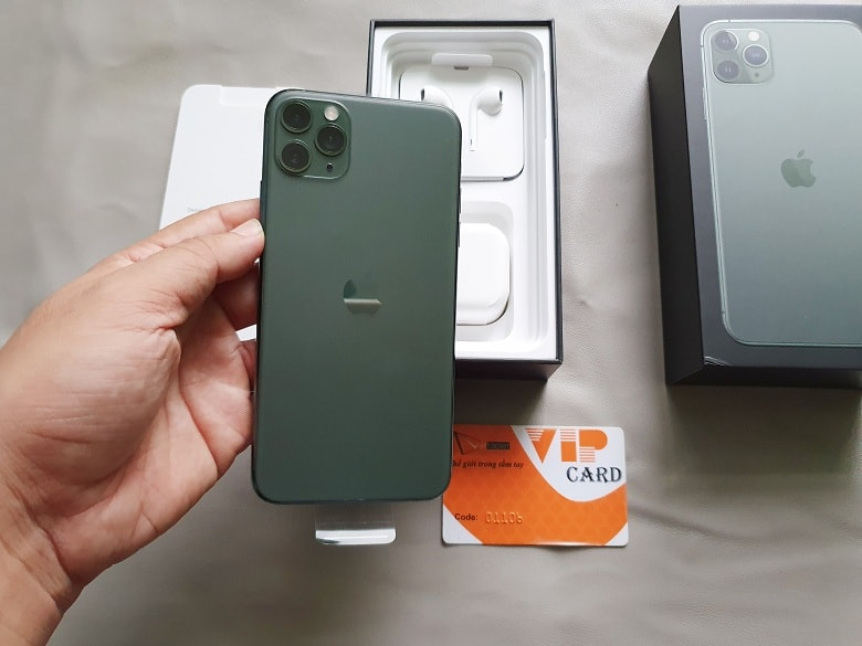 Trên tay iPhone 11 Pro Max 512GB