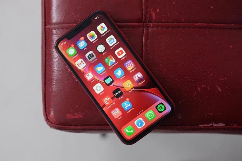 iPhone XR cũ sở hữu thiết kế khác biệt