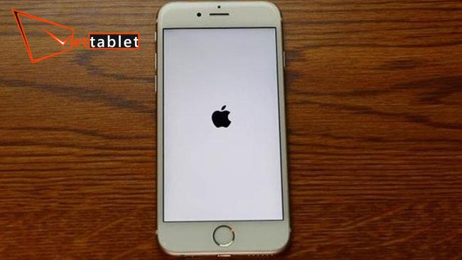 lỗi iphone bị treo táo