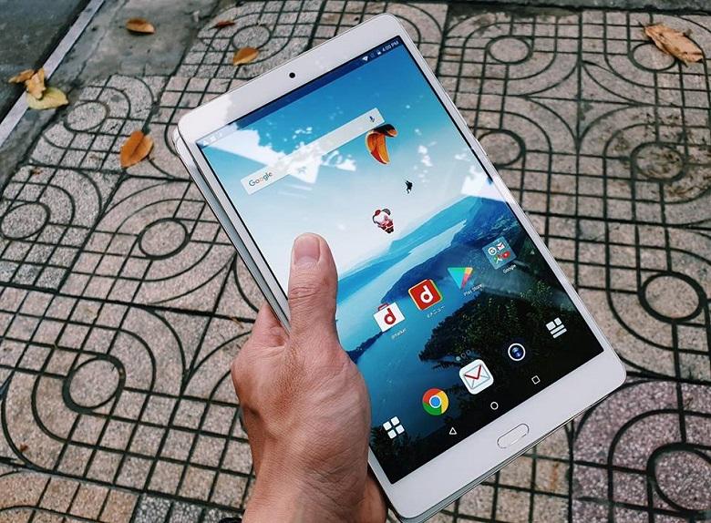 Màn hình Huawei MediPad M3 8.4 có chất lượng hiển thị tốt