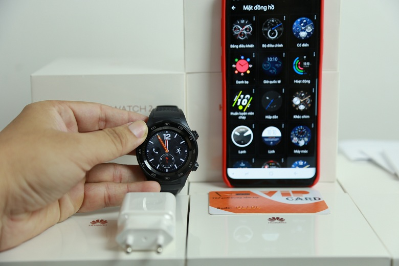 can-canh-huawei-watch-2-chinh-hang-viettablet