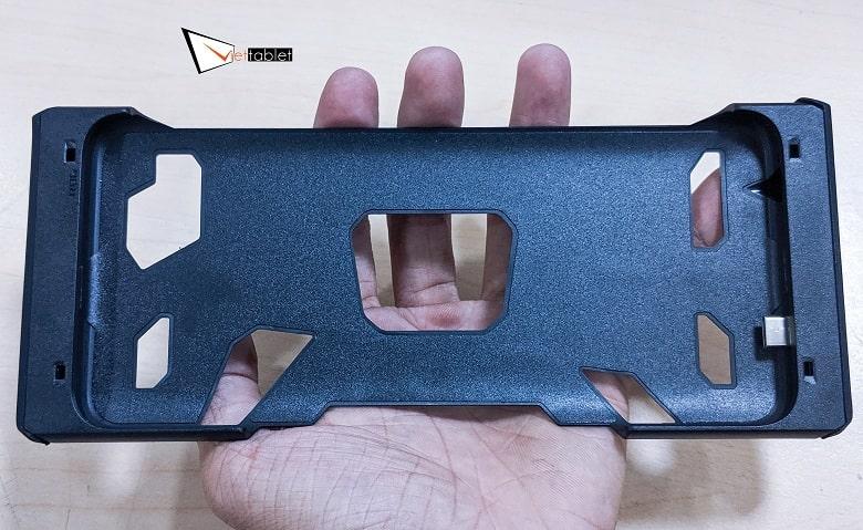 ốp lưng của tay cầm ROG Kunai Gamepad