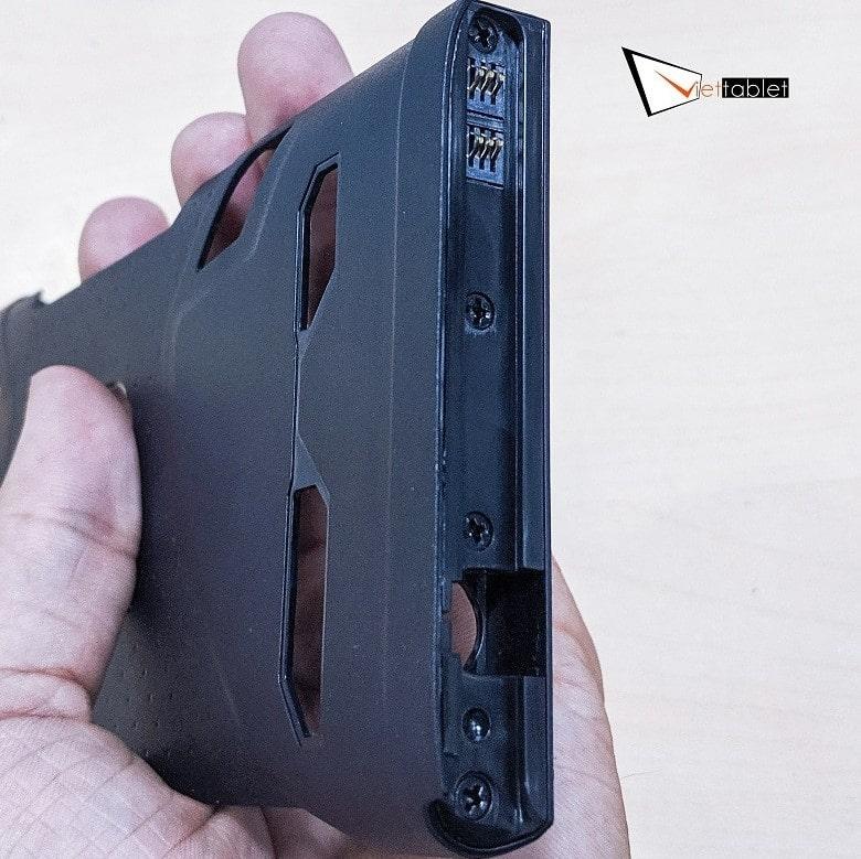 dock sạc của tay cầm ROG Kunai Gamepad