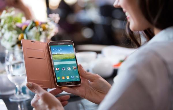 Samsung Galaxy S5 Au thiết kế thanh lịch