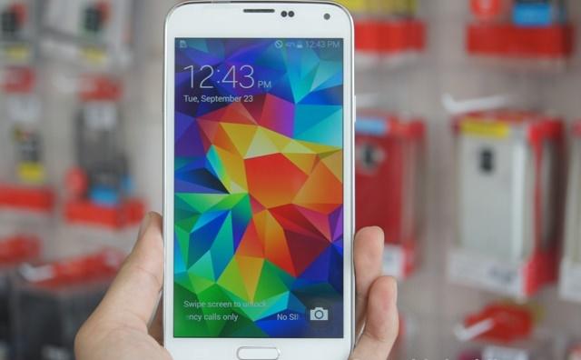 Samsung Galaxy s5 au nhật bản màn hình