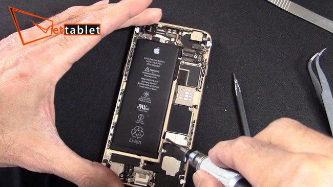 thay pin iPhone 6 chính hãng tại Viettablet