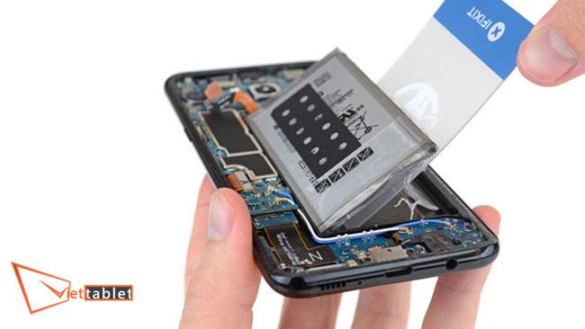 thay pin samsung galaxy S8, S8 Plus