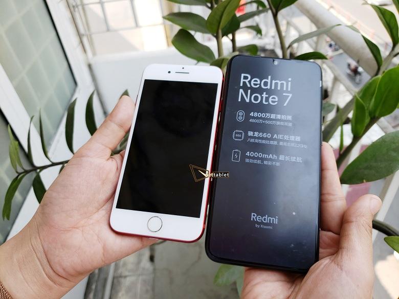 so-sanh-man-hinh-xiaomi-redmi-note-7-voi-iphone-7