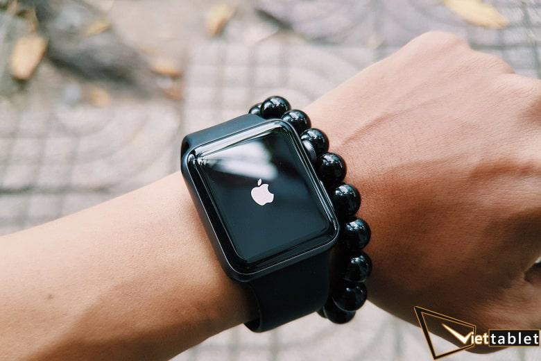deo-thu-apple-watch-series-viettablet-min