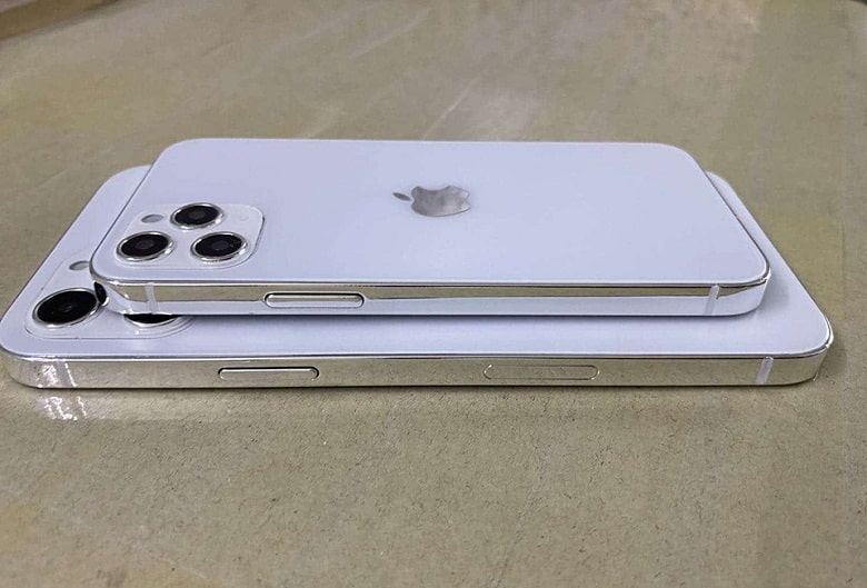 góc cạnh iPhone 12