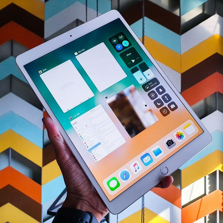 màn hình iPad Pro 10.5 inch 2017 (Wifi + 4G) 512GB
