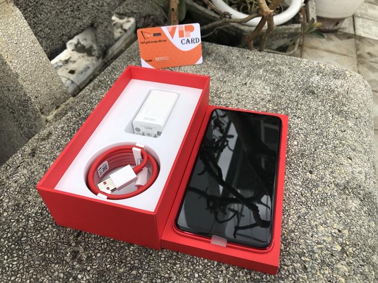 oneplus 6 màu đỏ mở hộp