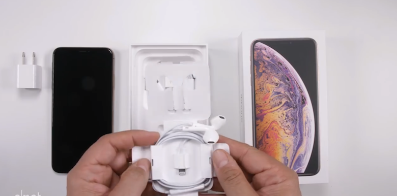 iphone xs max hỗ trợ tai phone truyền thống