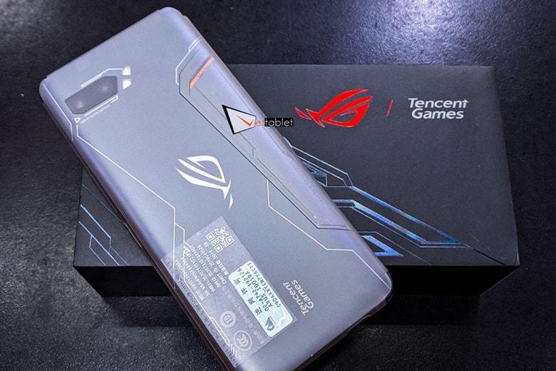 ASUS ROG Phone 2 GIẢM thêm 300k