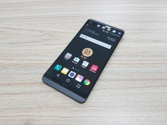 màn hình LG V20