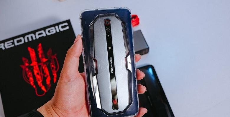 Đánh giá Nubia Red Magic 6 Pro: Snapdragon 888, tần số quét 165Hz, sạc  nhanh 120W