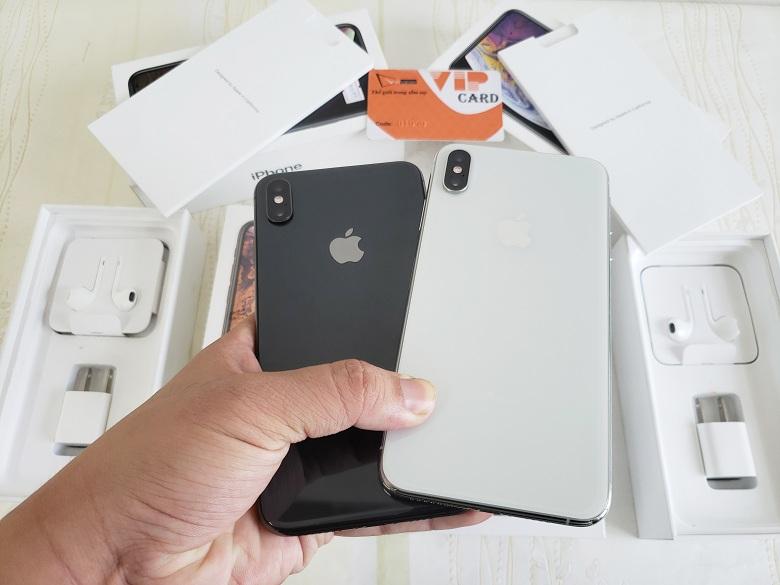 Hình ảnh trên tay iPhone XS Max Lock Mới Fullbox