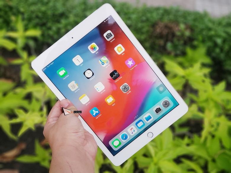 iPad 9.7 inch 32GB (2017) Gen 5 có màn hình rộng 9.7 inch cho chất lượng hiển thị sắc nét