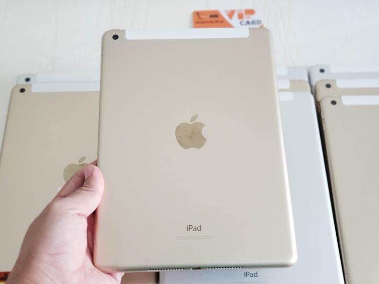 Hình ảnh iPad 9.7 inch 32GB (2017) màu vàng