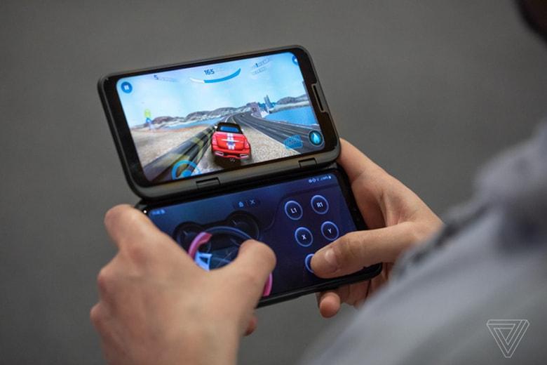 Màn hình phụ LG Dual Screen có thể làm gamepad vô cùng tiện lợi