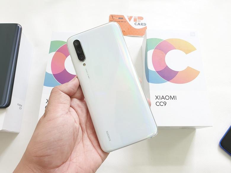 Hình ảnh Xiaomi Mi CC9 màu trắng.