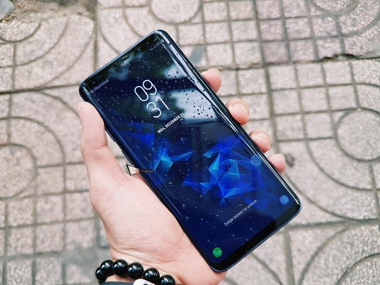 màn hình của Samsung Galaxy S9 Plus 128GB chính hãng