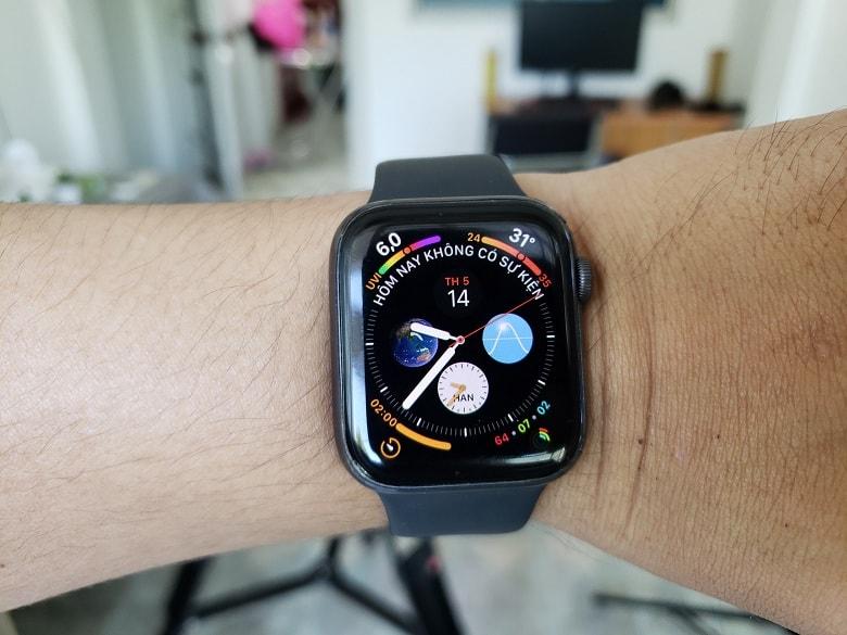 deo-thu-apple-watch-series-4-cu-viettablet