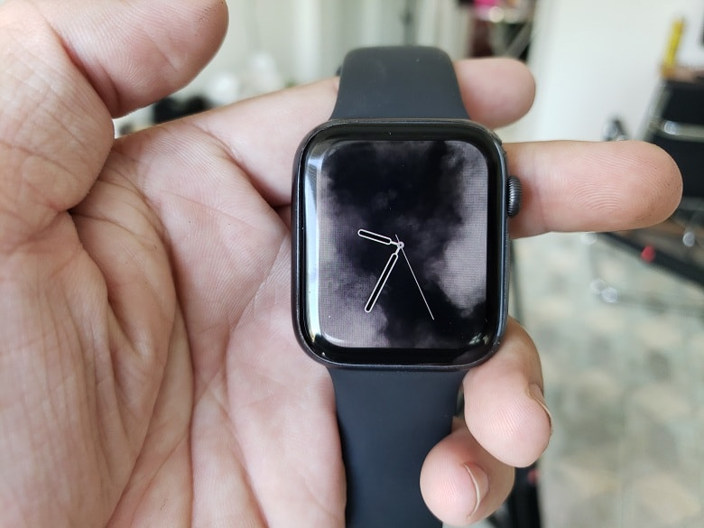 man-hinh-apple-watch-series-4-cu-viettablet