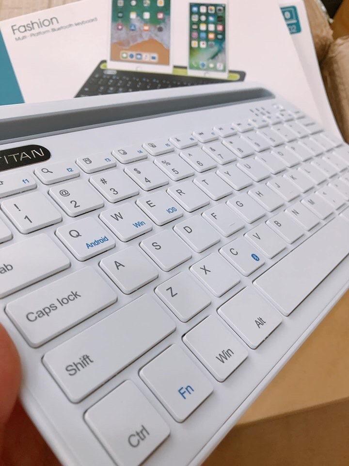 bàn phím không dây TITAN-KB02 màu trắng