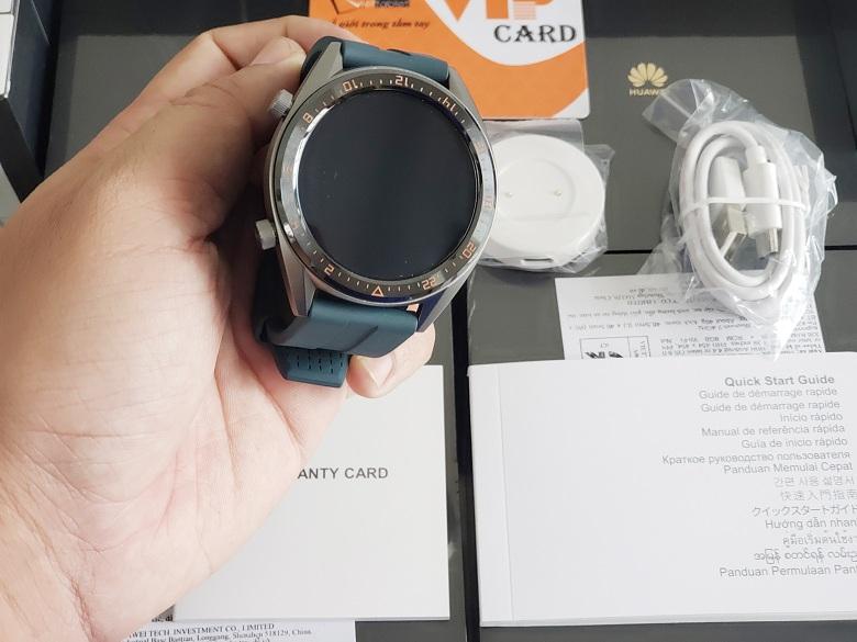 đặt mua Huawei Watch GT chính hãng