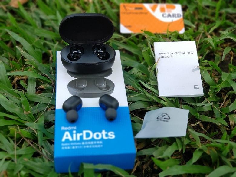 Đập hộp tai nghe Redmi AirDots tại Viettablet