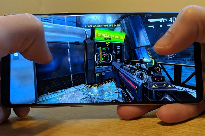 Samsung Note 9 Mỹ chơi game