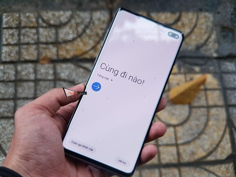 khởi động Samsung Galaxy S10+Mỹ