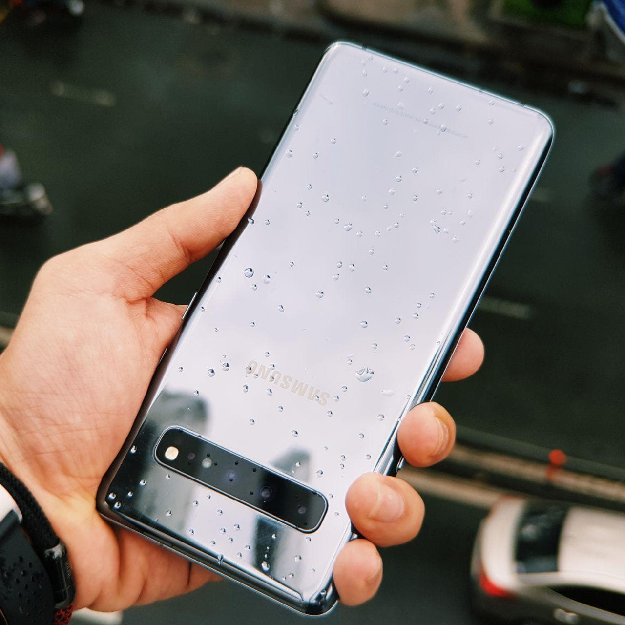 thiết kế Galaxy S10 5G